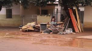 Perdas materiais na rua Américo de Menezes