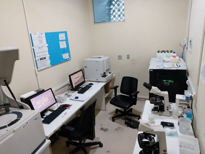 Sala de análise e servidor do sistema