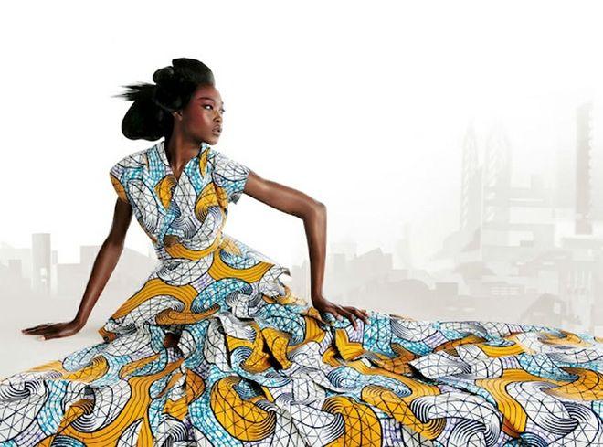 Estamparia africana aplicada em vestido.