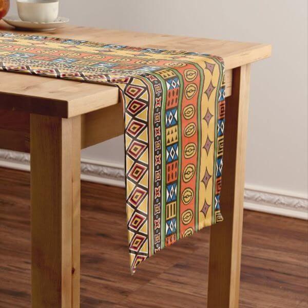 Caminho de mesa com estampas africanas etnicas – Via: Zazzle
